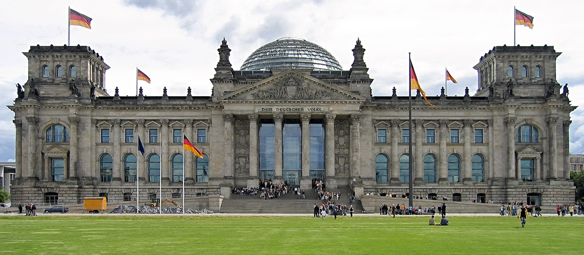 Visitor and Information Centre of the German Bundestag Image 1